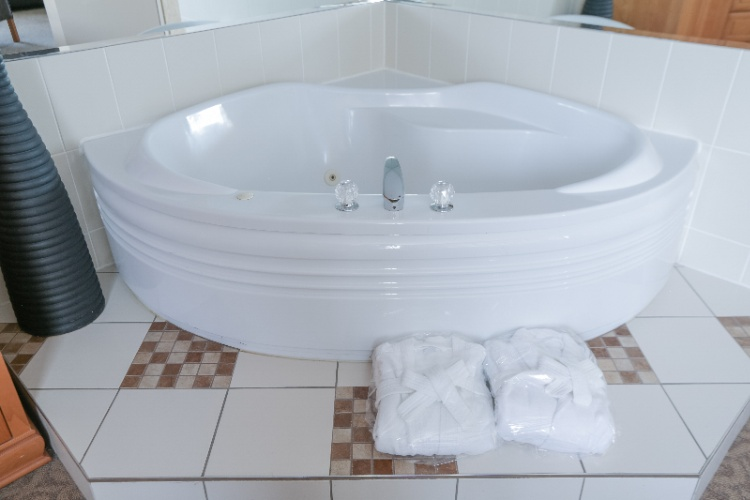 Executive Room -Jet Tub 8 of 20