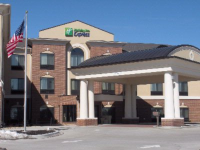 Holiday Inn Express Peru 2 of 16