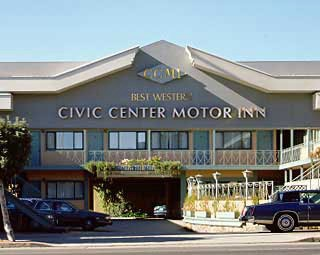 Civic Center Motor Inn 1 of 5