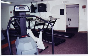 Fitness Room 4 of 14