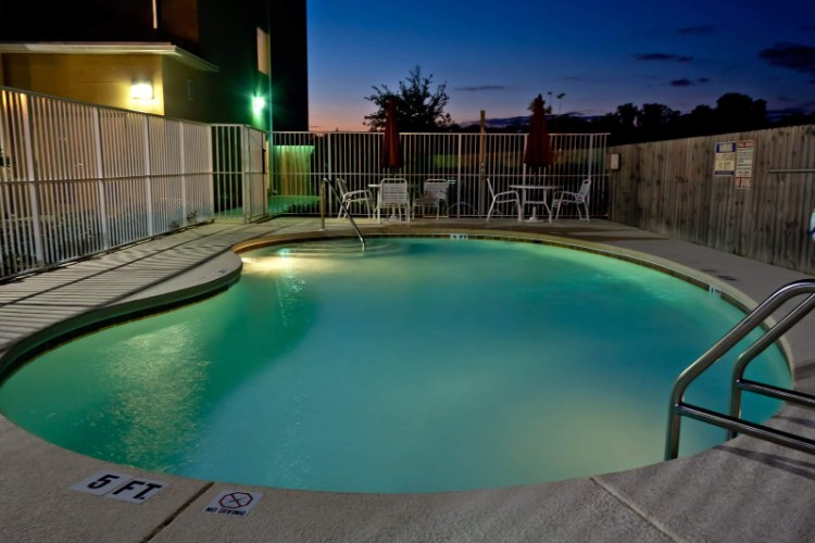 Our Beautiful Pool Area At Night. Which Actually Stays Open Until 10pm Year Round! 22 of 23
