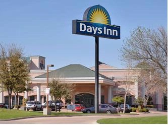 Days Inn Irving Grapevine Dfw Airport North 1 of 10