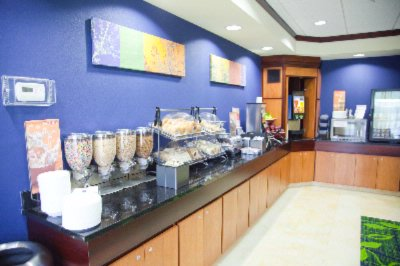 Our Complimentary Early Eats Breakfast Buffet Features Jimmy Dean Bacon Egg And Cheese Biscuits Hot Oatmeal Waffle Station Fresh Fruit And A Variety Of Breads And Cereals. 4 of 15
