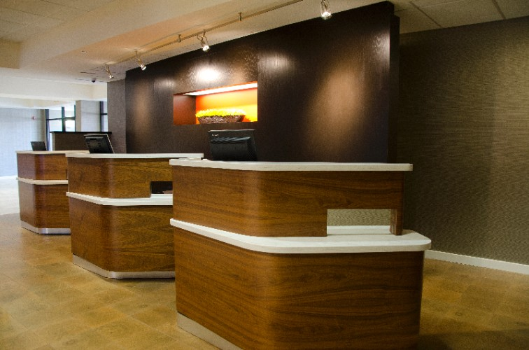Front Desk 3 of 24