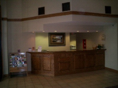 Front Desk 5 of 12