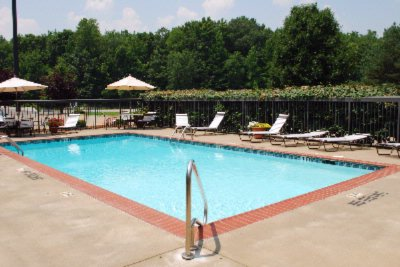 Enjoy Our Relaxing And Refreshing Outdoor Pool While In Season 3 of 5