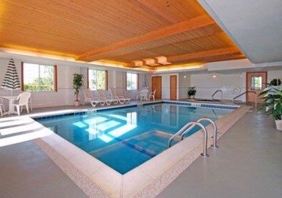 Indoor Heated Pool & Whirlpool 5 of 13