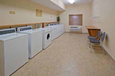 Free 24-Hours Guest Laundry Facility 5 of 17