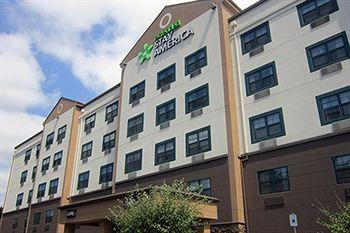 Extended Stay America Seattle Bellevue Downtown 1 of 3