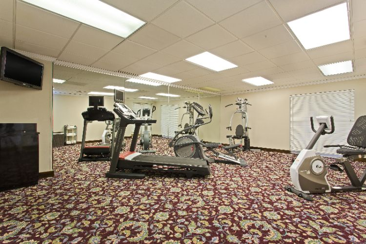 Fitness Room 12 of 13