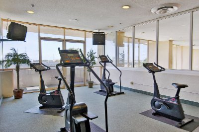 Fitness Room 11 of 15