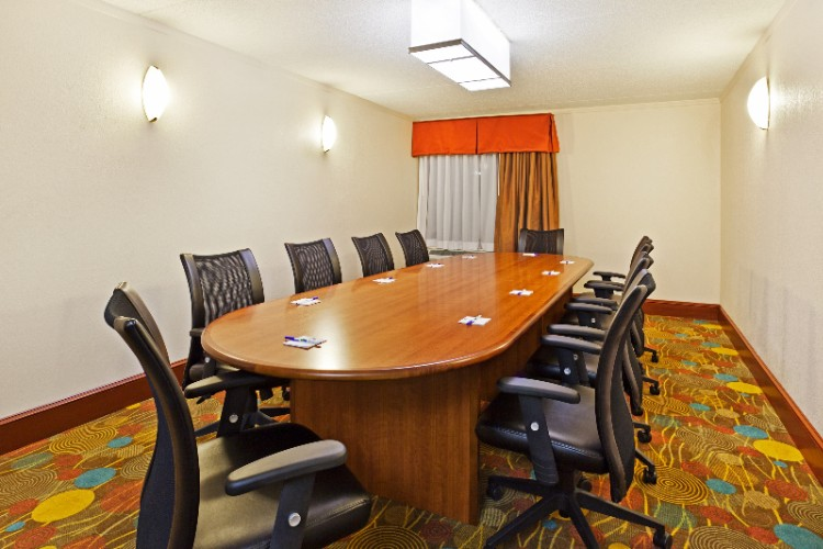 Meeting Room 6 of 11