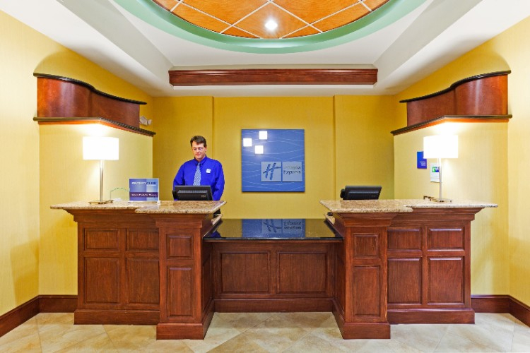 Front Desk 10 of 11