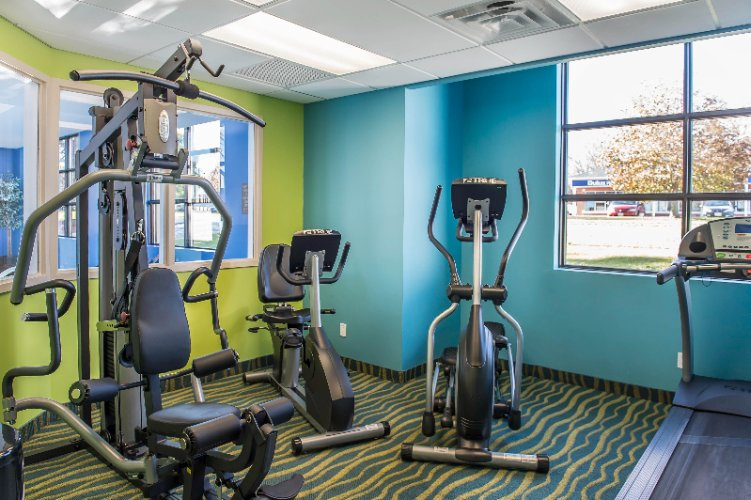 Fitness Room 5 of 16
