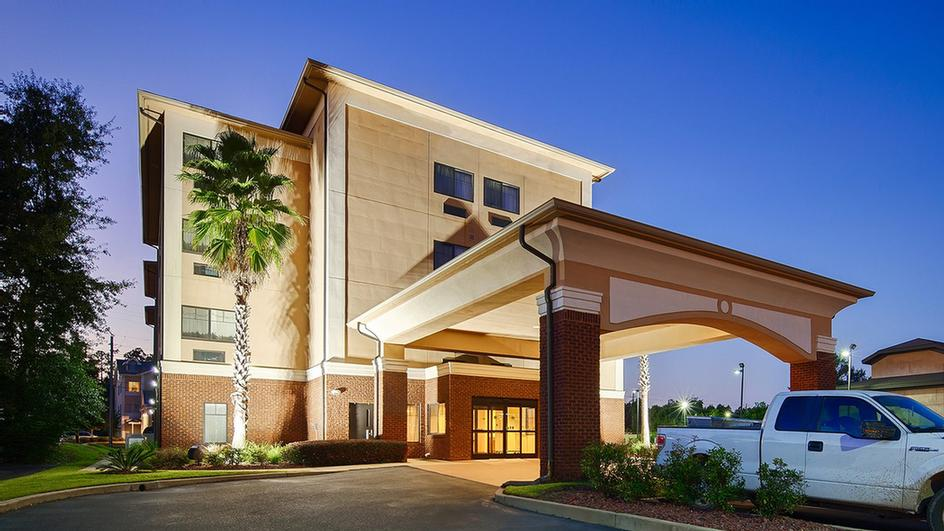 Best Western Saraland Hotel & Suites 1 of 9