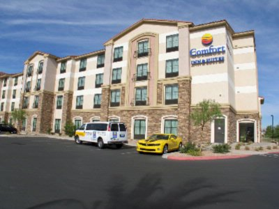 Comfort Inn & Suites Henderson 1 of 19