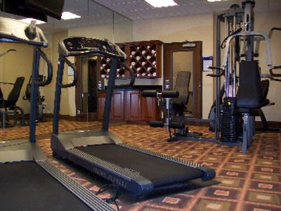 Fitness Center 17 of 19