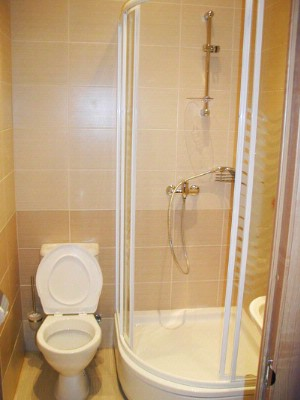 Bathroom Private 7 of 17