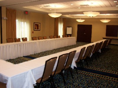 U-Shaped Meeting Room 6 of 11