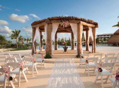 Wedding Gazebo 10 of 31