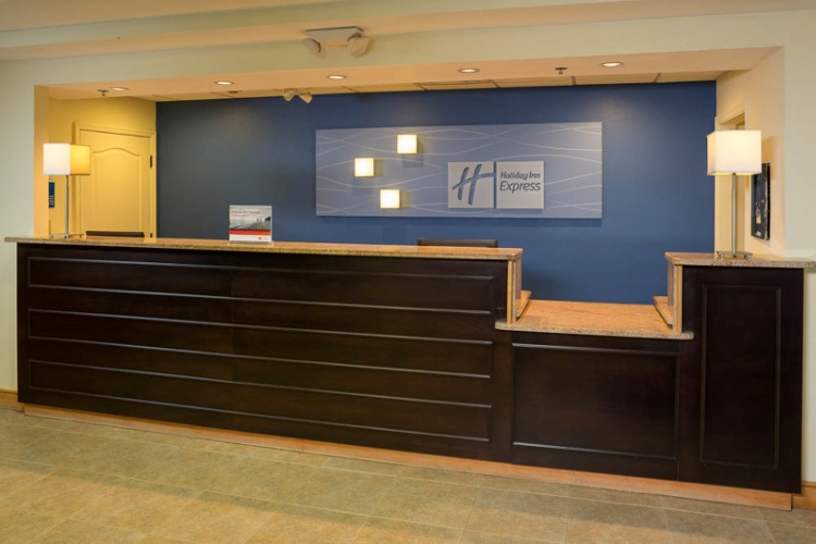 Guest Services 15 of 16