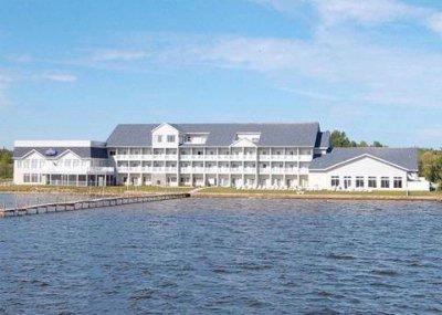 Comfort Suites Lakeside Resort 100 Clearview Dr Houghton Lake Mi 48629