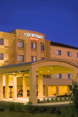 Courtyard by Marriott Atlanta / Mcdonough 1 of 25