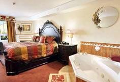 Super 8 Cornwall -Jacuzzi Suite W/ Fireplace 6 of 13