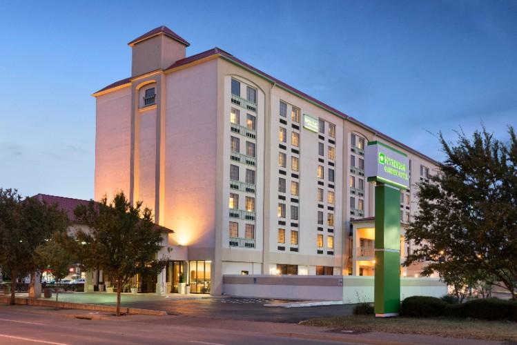 Wyndham Garden Wichita Downtown 221 East Kellogg Ks 67202