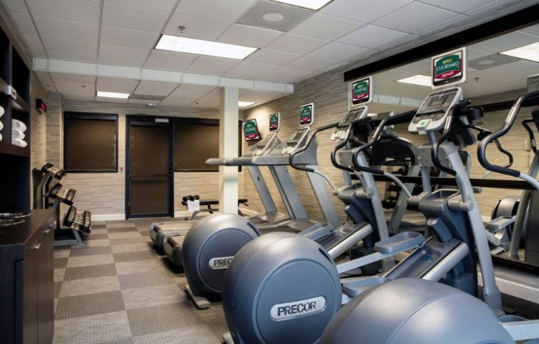 Fitness Center 9 of 11