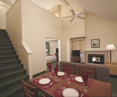 Spacious 2 Bedroom Suite With One King Upstairs And Two Full-Size Downstairs And Sleeper Sofa Sleeps 6! Save Money! 4 of 11