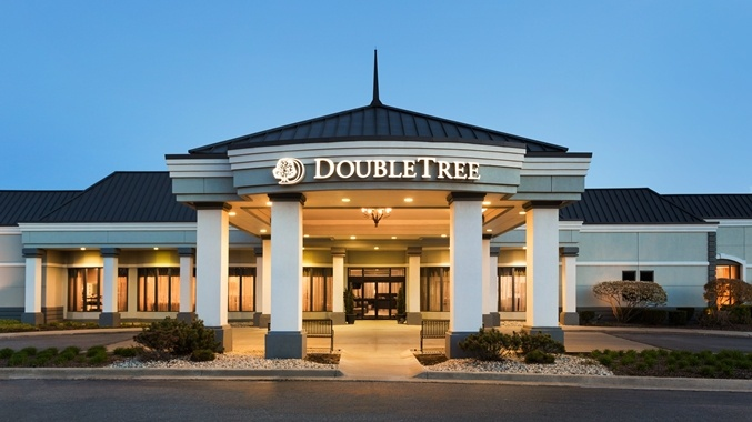 Doubletree by Hilton Detroit Novi 1 of 29