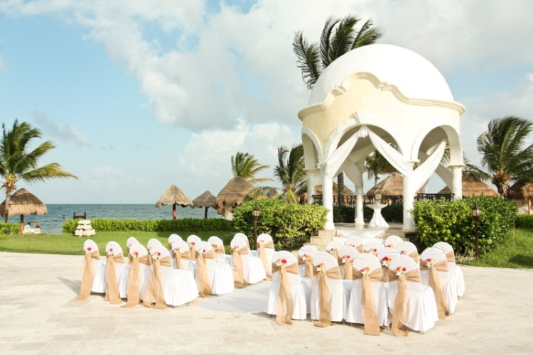 "Say ""i Do"" In A Magnificent Wedding Gazebo Or On Our Private Beach. 29 of 31"