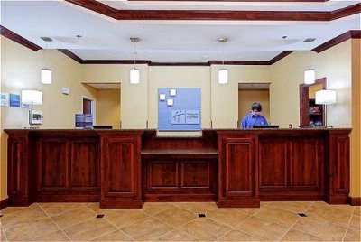 Front Desk 13 of 16