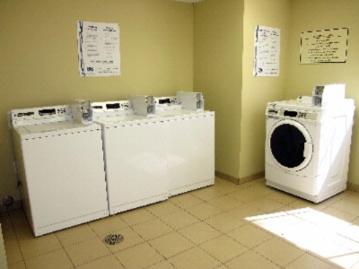 On-Site Laundry Washers 6 of 6
