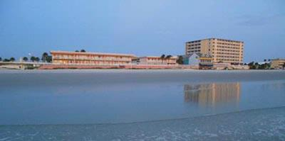 Roomba Inn & Suites Daytona Beach 1 of 29