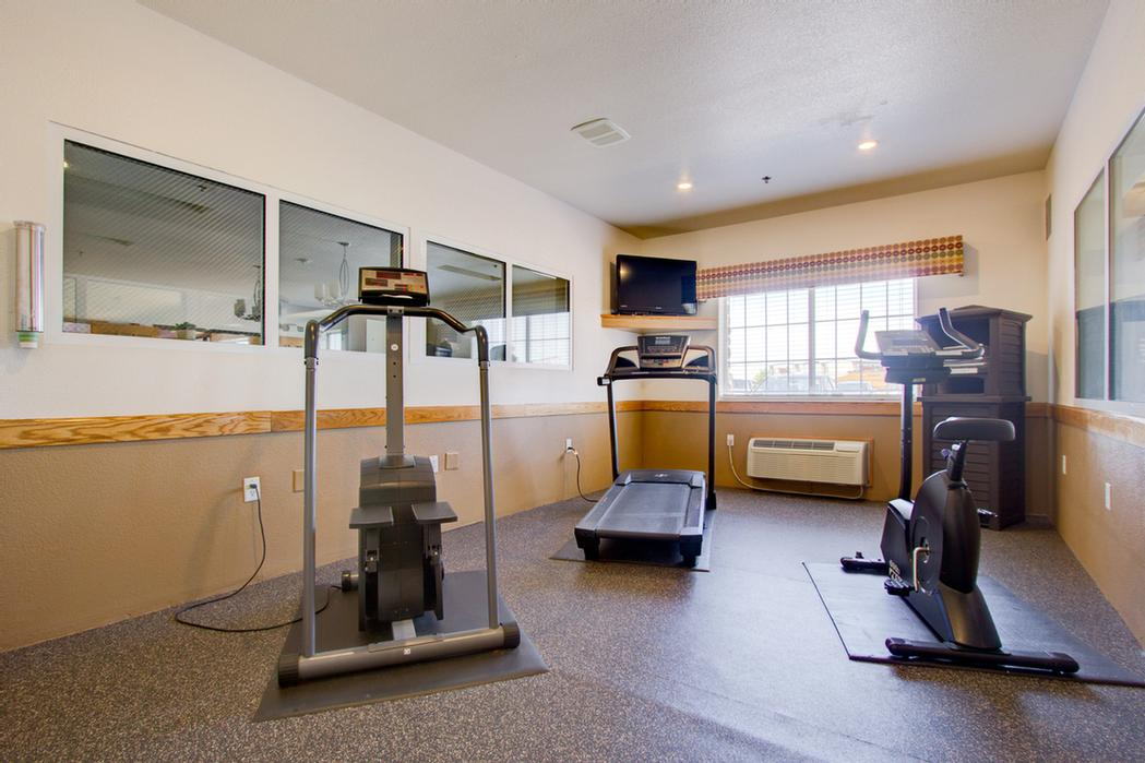 Enjoy Working Out In Our Fitness Center 10 of 10
