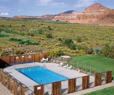 Outdoor Heated Pool And Hot Tub 3 of 3