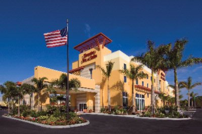 Hampton Inn & Suites University Park Sarasota 1 of 23