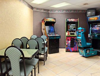 Game Room 5 of 10