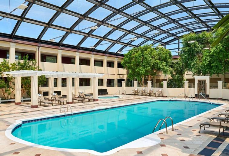 Best Western Plus Milwaukee Airport Hotel & Conference Center 1 of 8