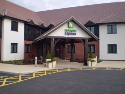 Holiday Inn Express Colchester 1 of 7
