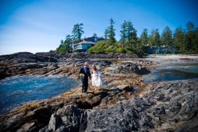 Weddings At The Wickaninnish Inn 6 of 10