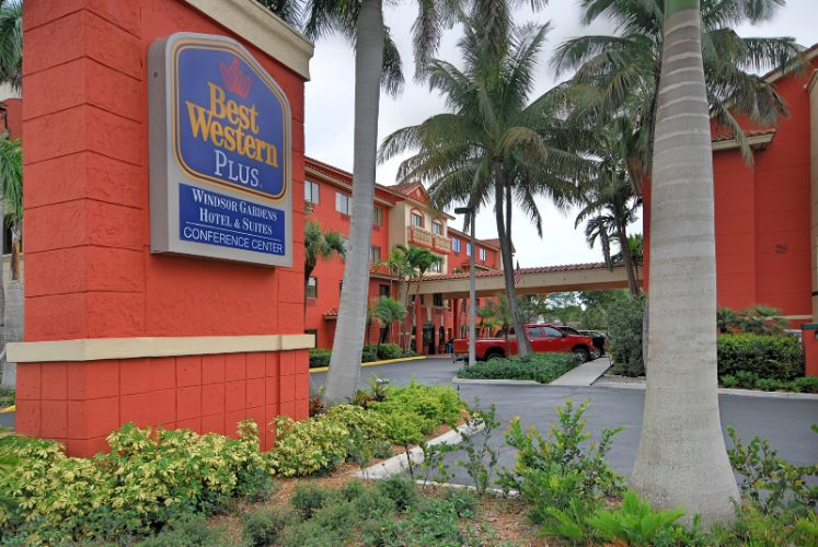Best Western Plus Palm Beach Gardens Hotel & Suites & Conference 1 of 24