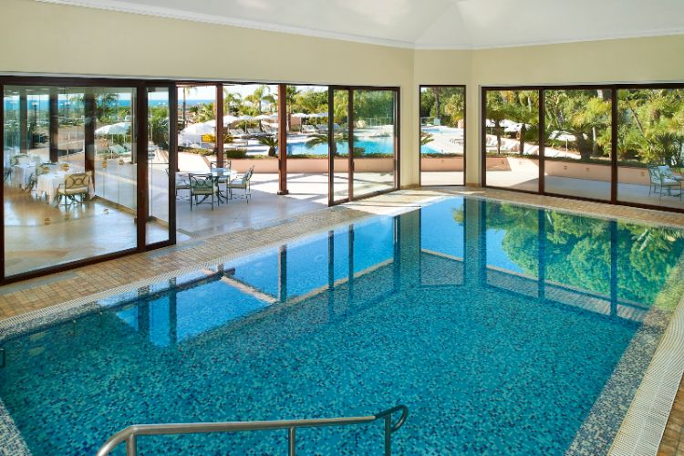 Indoor Swimming Pool 13 of 17