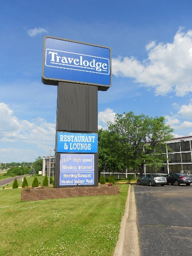 Travelodge Peoria Hotel & Conference Center 1 of 14
