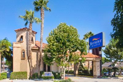 Baymont Inn & Suites Lax / Lawndale