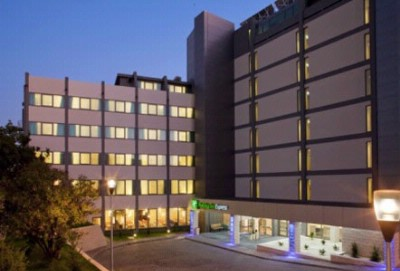 Holiday Inn Express Lisbon Airport 1 of 10