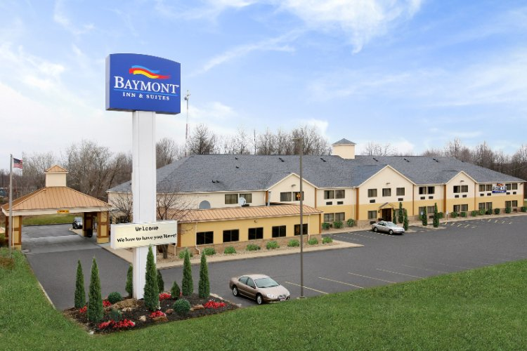 Baymont Inn & Suites Hudson / Boston Heights Oh 1 of 17