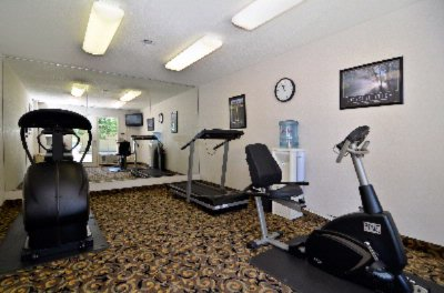 On-Site Fitness Room. 8 of 12